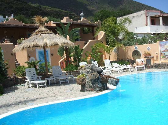 Hotel Mamma Santina: La piscina