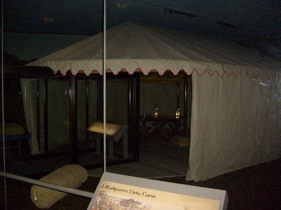 Yorktown Battlefield: George Washington's Tent in the Visitor Center