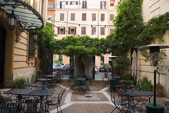 Hotel locarno roof terrace foto di hotel locarno roma for Boutique hotel anahi roma
