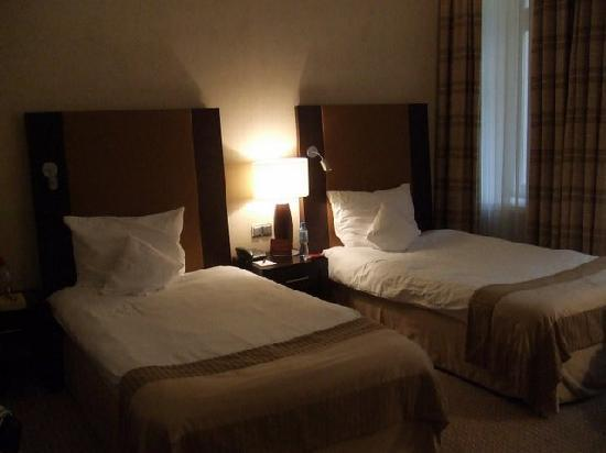 Polonia Palace Hotel: Our bedroom!