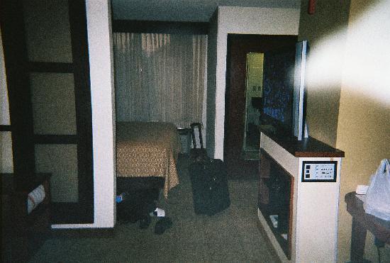Hyatt Place Windward Parkway : Hyatt Bedroom 6th floor