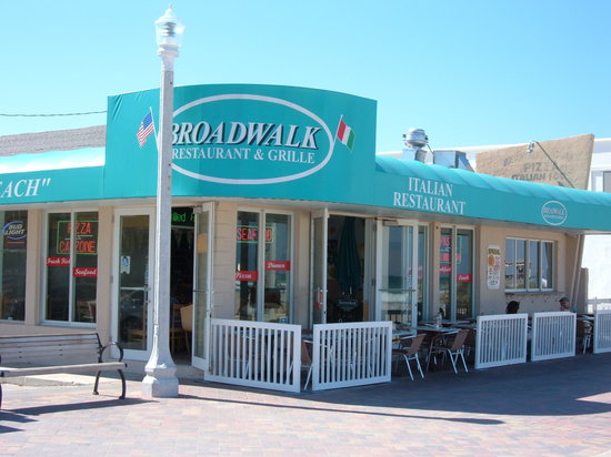 Broadwalk Restaurant Amp Grill Hollywood Restaurant