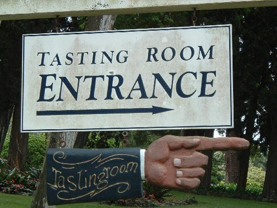 MauiWine: This way to booze!