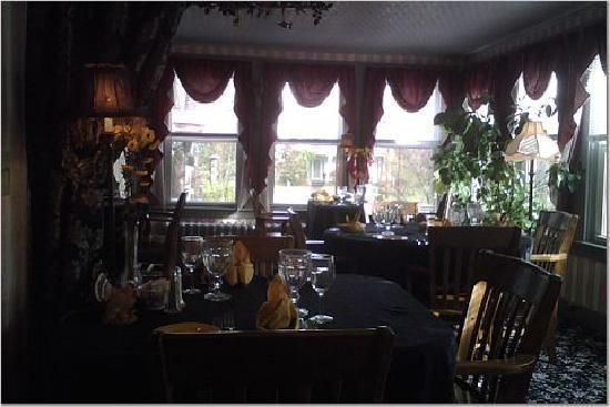 The Jenkins Inn & Restaurant: The Restaurant
