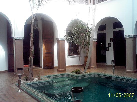 Riad el Noujoum: Riad inside