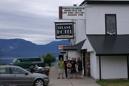 Nakusp, Kanada: A happy group at the Leland
