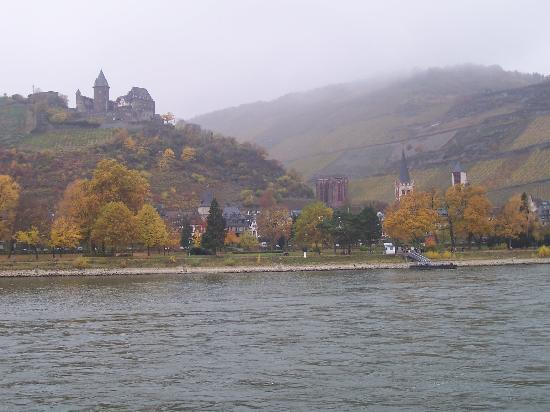 Breuer's Ruedesheimer Schloss: Cruising the Rhine