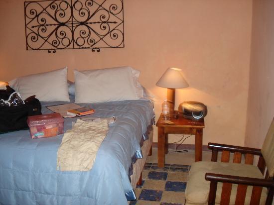 Casa Santiago: room with semi-private patio
