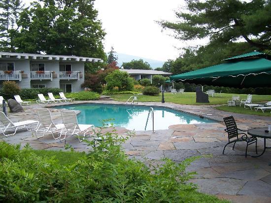 Paradise Inn : Gardens