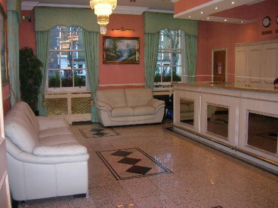 Alexandra Hotel: La réception