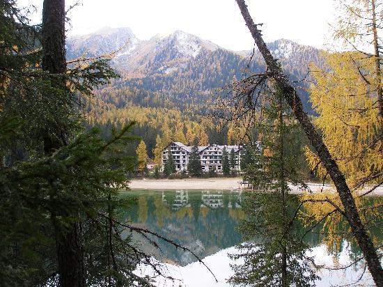 Hotel Lago di Braies: The Hotel