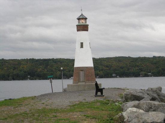 Ithaca, Estado de Nueva York: phre au bord du lac j y