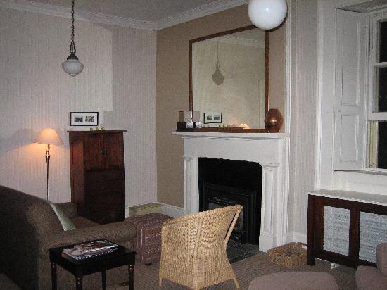 Frontenac Club Inn : Sitting room