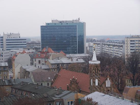 Cottbus, Allemagne : View of hotel from St Nikolai church tower