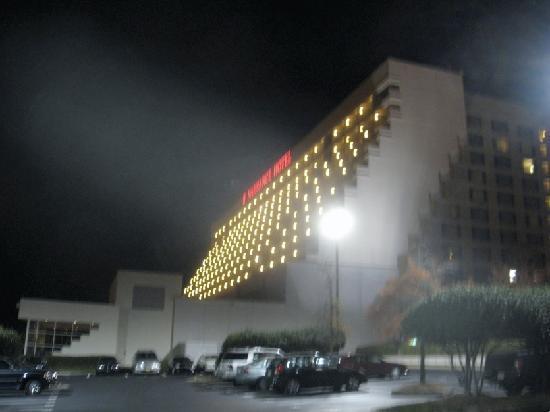 Renaissance Concourse Atlanta Airport Hotel Exterior