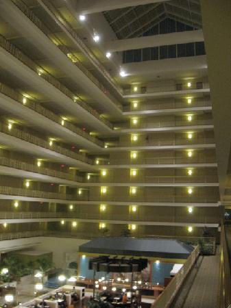 Renaissance Concourse Atlanta Airport Hotel Lobby View 1