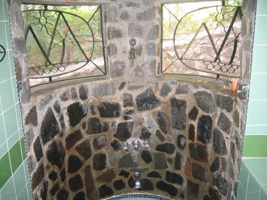 East Winds Inn: close up of shower