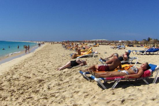 Hotel Oasis Belorizonte : Beach by hotel