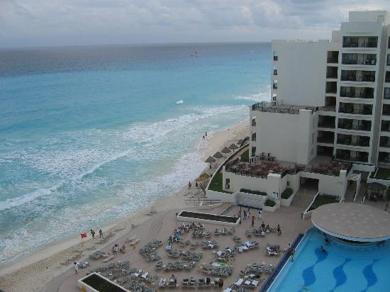 Beach - The Royal Sands Resort & Spa All Inclusive: 3