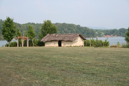 Loudon (TN) United States  city images : Fort Loudon State Park Picture of Fort Loudoun State Park, Vonore ...