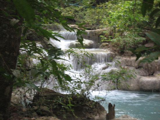 Oriental Kwai Resort : Erawan National Pk (60km away)