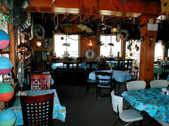 Pelee Island, Kanada: Anchor & Wheel restaurant