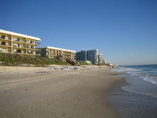 Satellite Beach, FL: The Beach ~ beautiful & clean