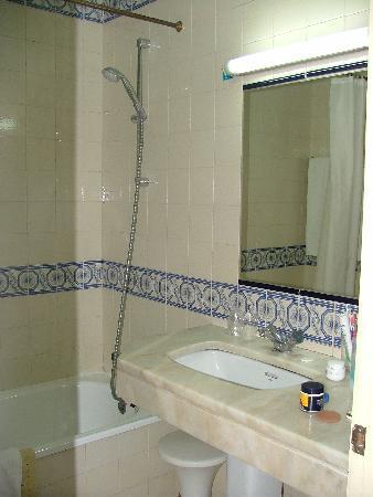 Hotel Lisboa Tejo: Il bagno