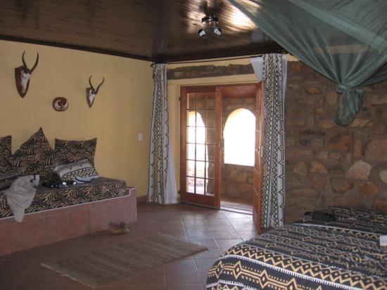 Swartfontein Mountain & Desert Guest Lodge