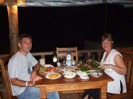 Wunderbar Beach Club Hotel : Great food