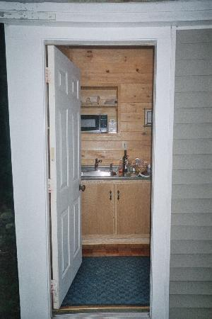 Acadia Cottages: our kitchen (great for breakfast)