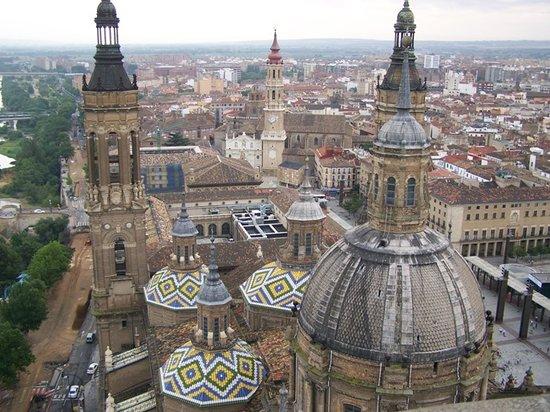Basilica de Nuestra Senora del Pilar : Vista desde las Torres de la Basica del Pilar, Zaragoza