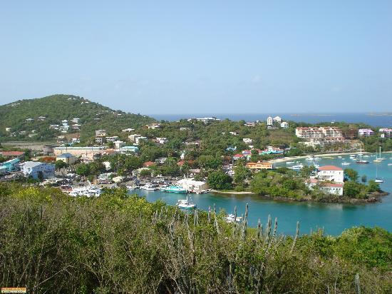 Cruz Bay Visitor Center: View of Cruz Bay from Road