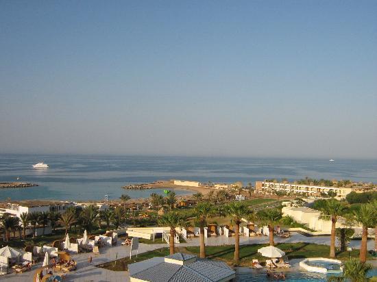 Hilton Hurghada Plaza: Panoramic view from the balcony