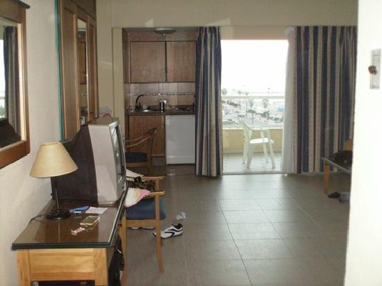 Ahhhhhhhhhhhhhhhhhh picture of hotel apartamentos pyr fuengirola fuengirola tripadvisor - Apartamentos pyr fuengirola ...