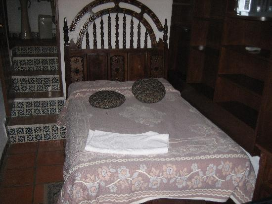 La Casa Azul: My Room (1 of 3)