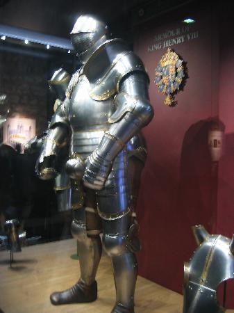 Estatura en otras épocas Henry-viii-s-massive