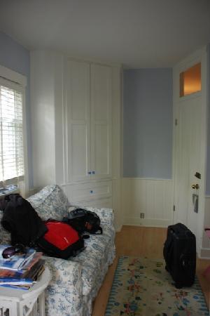 Crocker House Inn : our room