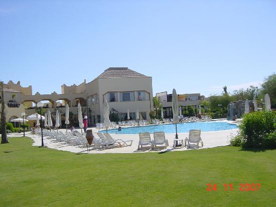 Stella Di Mare Sea Club Hotel, Ain Sukhna: The big pool