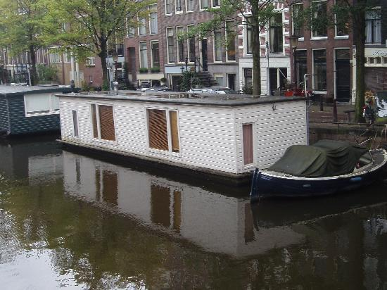 The Prinsen Boat: Here is the boat