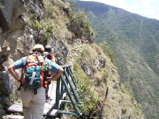 Santuario Historico de Machu Picchu: Skinny path