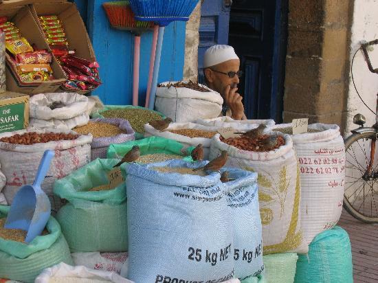 Riad Asmitou : the market