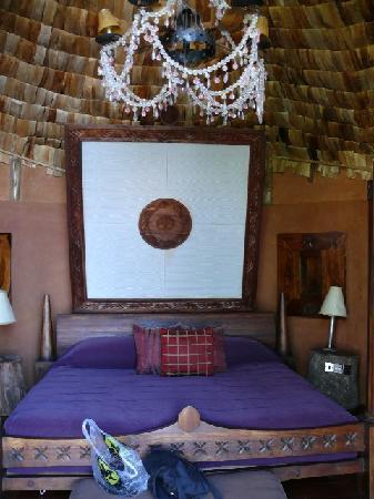 andBeyond Ngorongoro Crater Lodge: Bed
