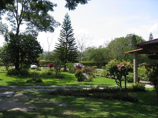 Hotel & Restaurante Valle Verde Image