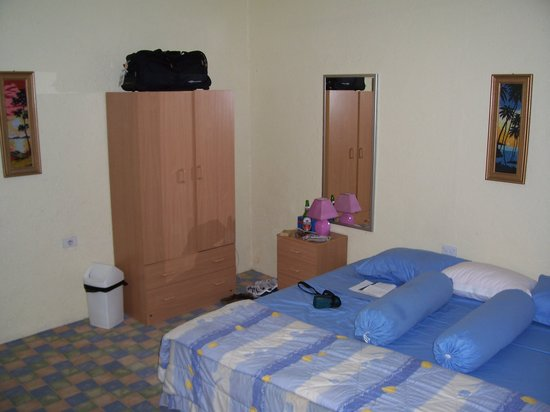 Gino's Hotel : Standard-Room