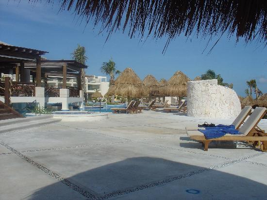 Excellence Playa Mujeres : Main Pool Area
