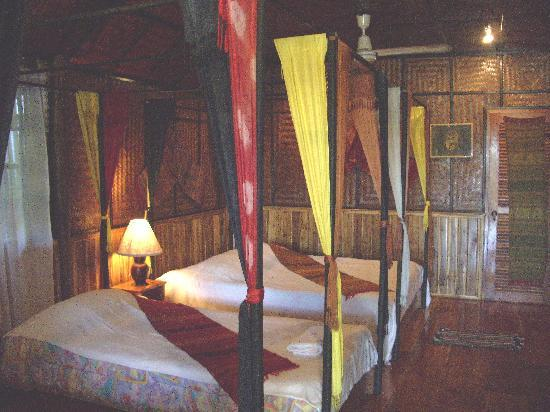 Thongbay Guesthouse: Thongbay bungalow