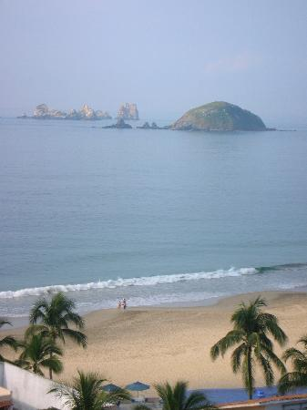 Park Royal Ixtapa: Another view from our suite