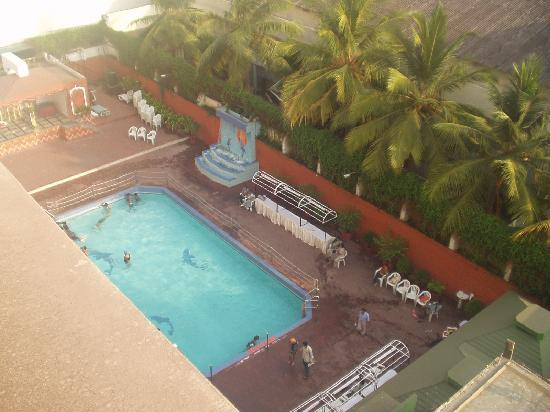The Dolphin Pool Picture Of Dolphin Hotel Visakhapatnam Tripadvisor