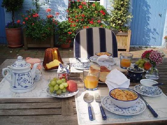 La Maison Bleue en Baie : les petits-déjeuners